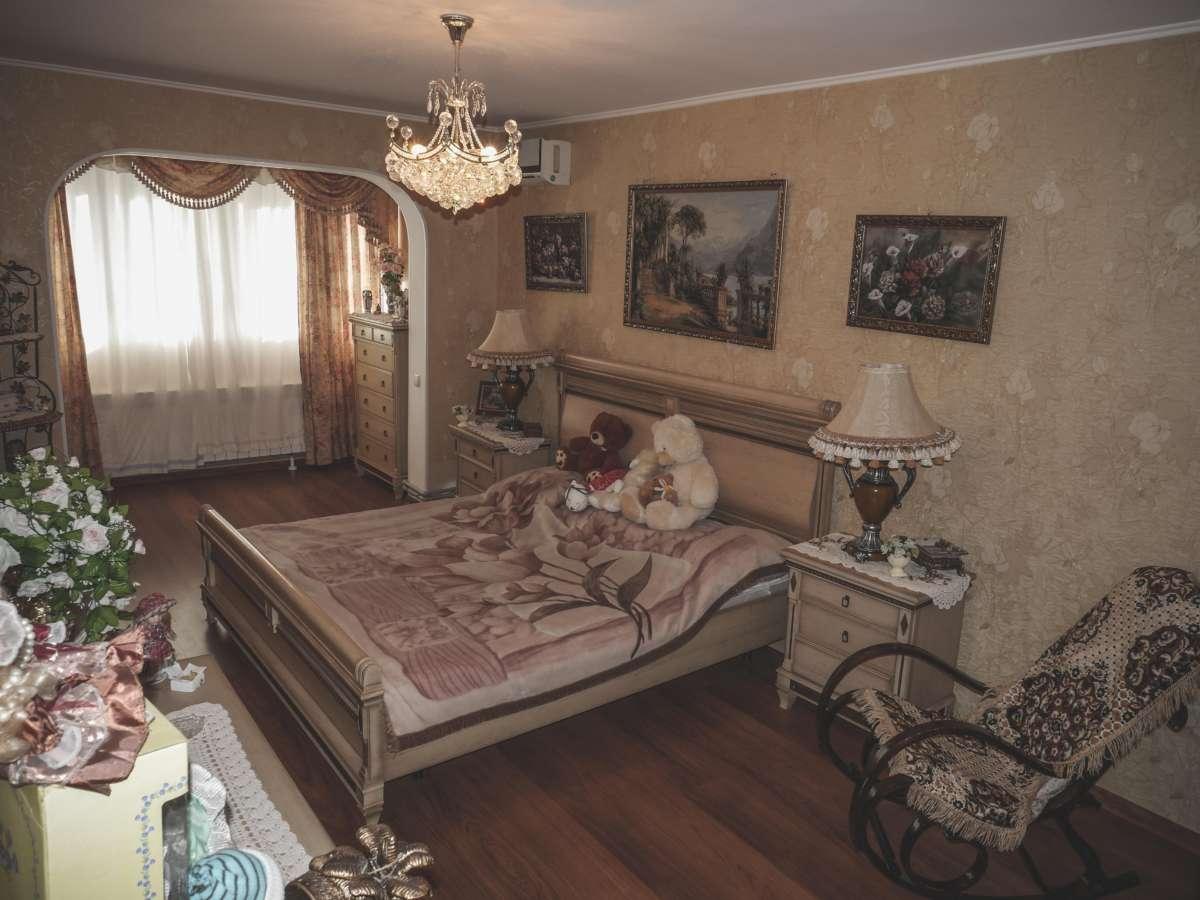 Уютная трехкомнатная квартира с ремонтом в жилом районе. 7