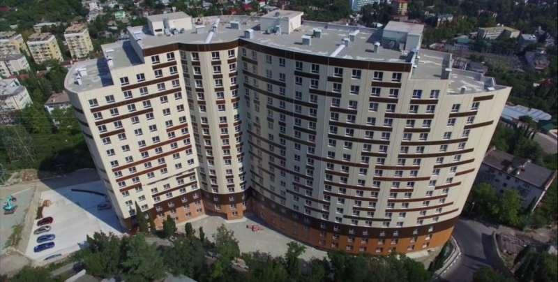 Недорогая квартира в Ялте в новом доме 7