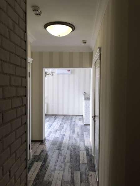 Двухкомнатная квартира в новом доме с видом на море. 1