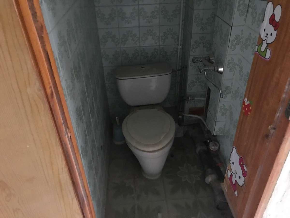 Двухкомнатная квартира в удобной жилом районе. 8