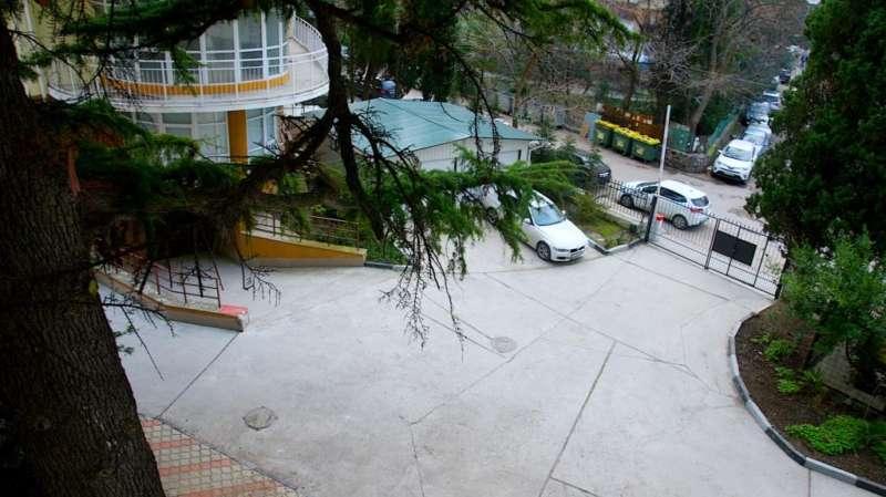 Апартаменты в Ялте в самом центре города. 2