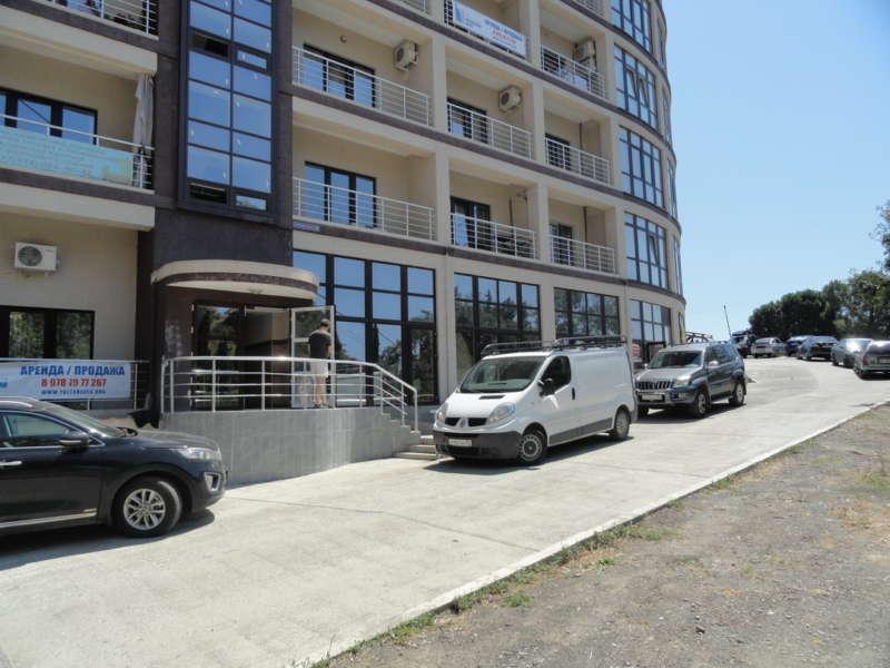 Двухкомнатная квартира в 150 метрах от моря. 24