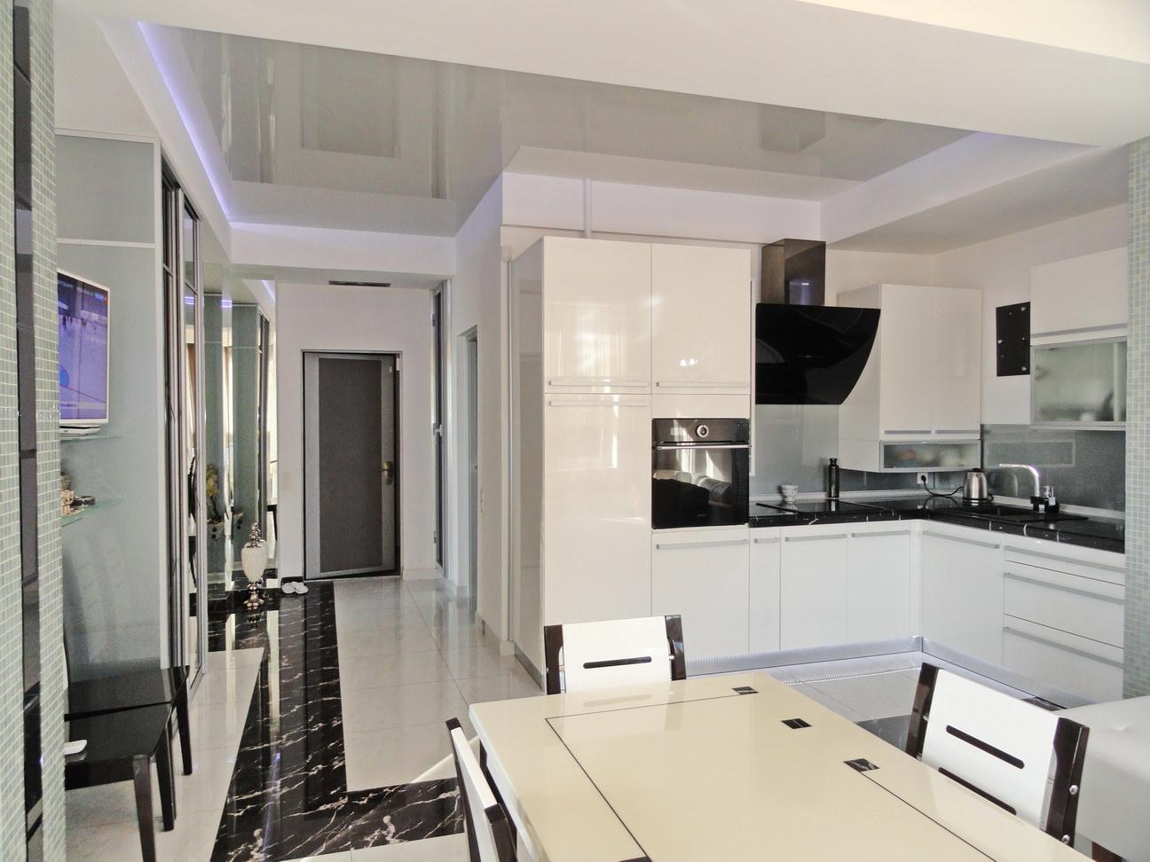 Видовая квартира с дизайнерским ремонтом 7