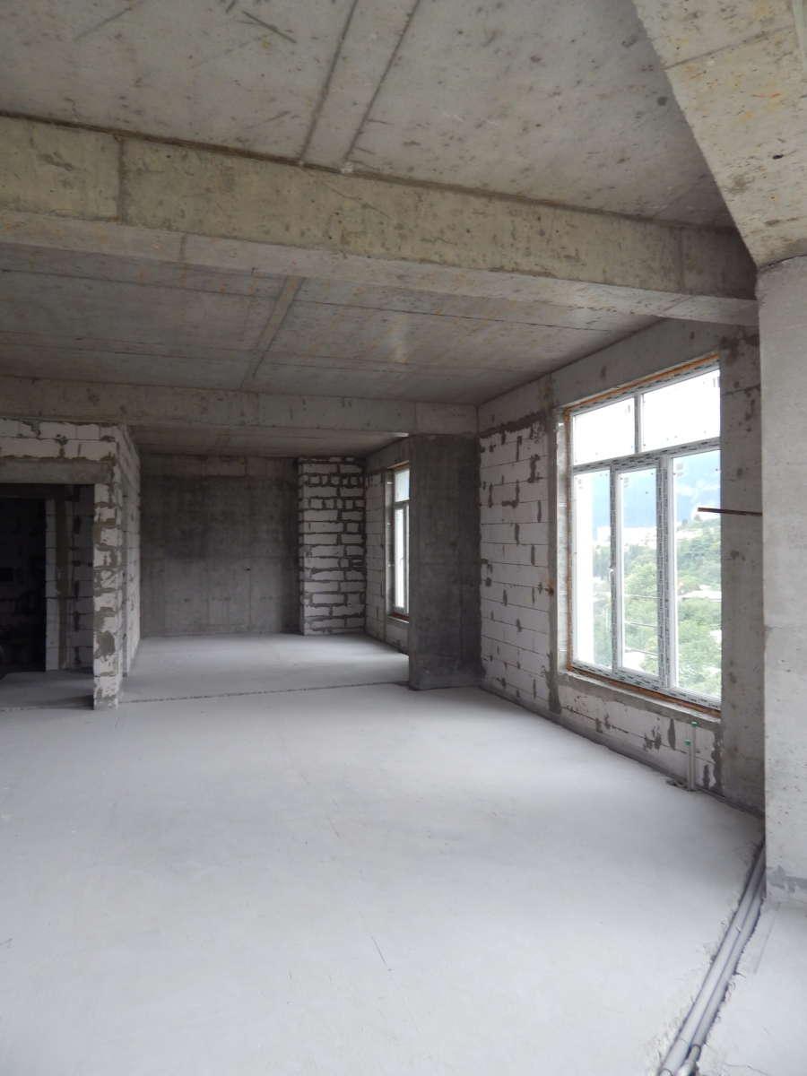 Квартира под отделку в ЖСК Южный Берег 10