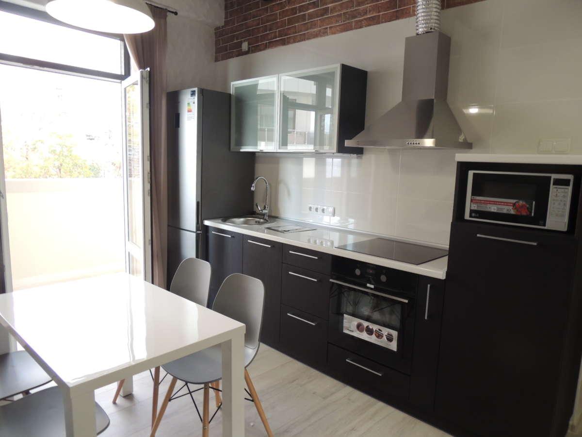 Двухкомнатная квартира с дизайнерским ремонтом 2
