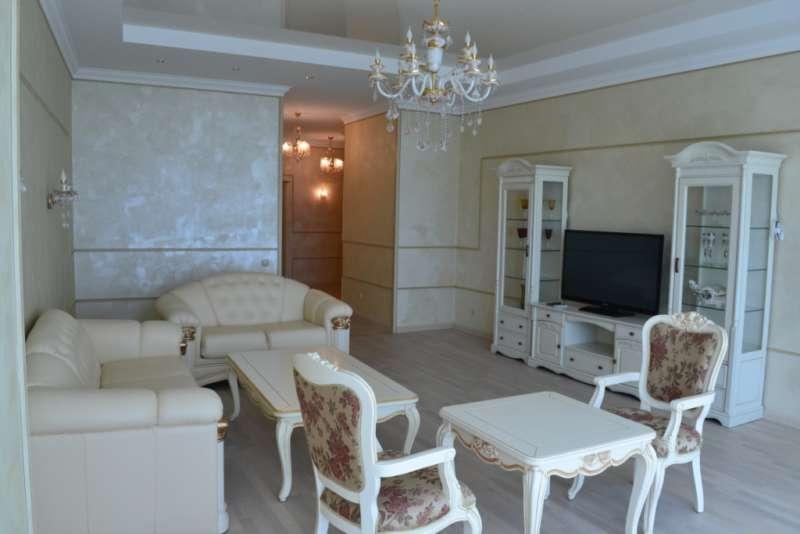 Трехкомнатная квартира с ремонтом в Ришелье Шато. 20