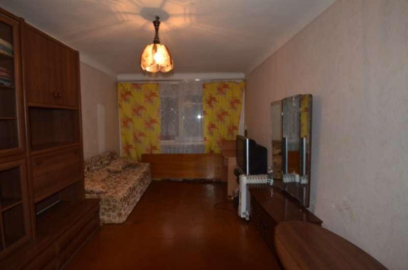 Двухкомнатная квартира в жилом районе. 1