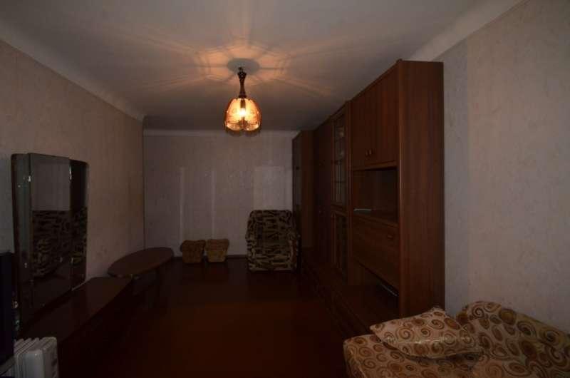 Двухкомнатная квартира в жилом районе. 2