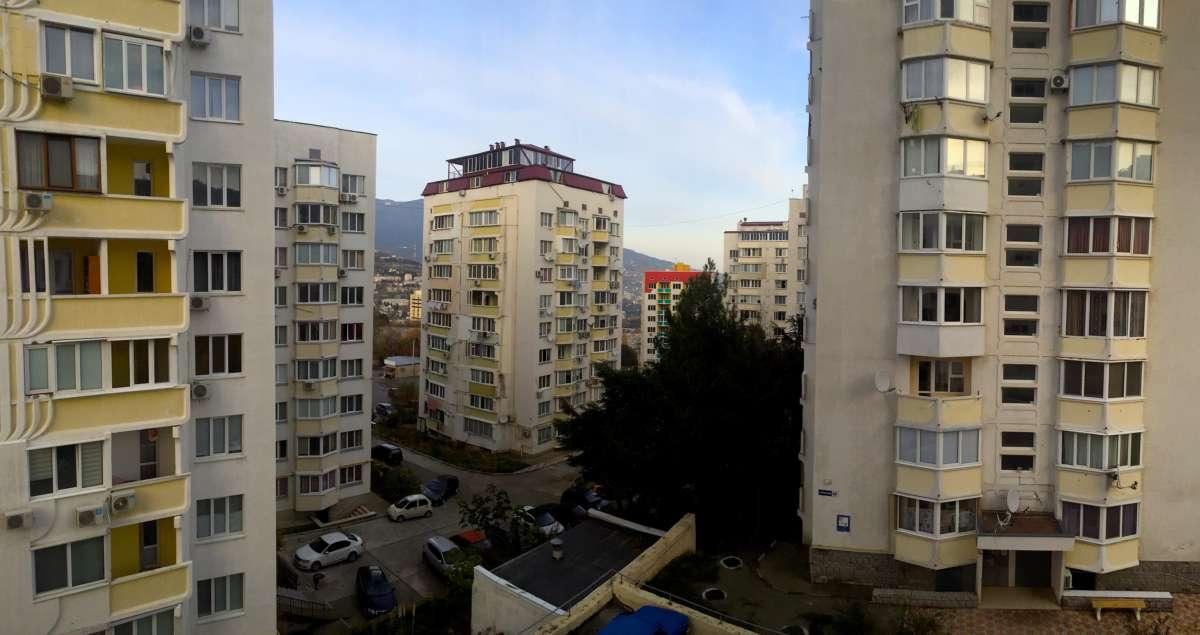 Квартира в Новом районе Ялты 9