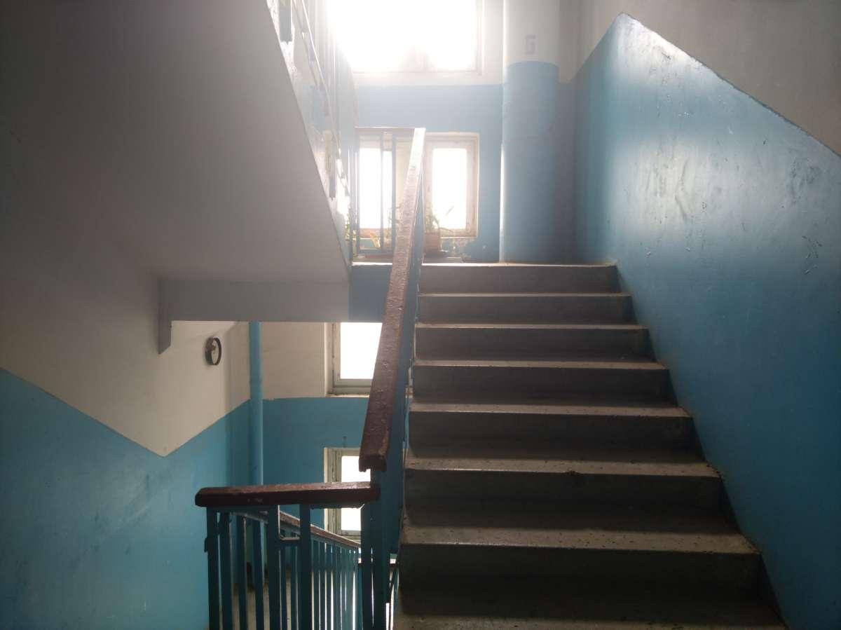 Двухкомнатная квартира 135 серии у жилом районе Ялты. 4