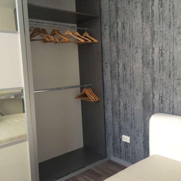 Двухкомнатная квартира с ремонтом в Ялте. 3