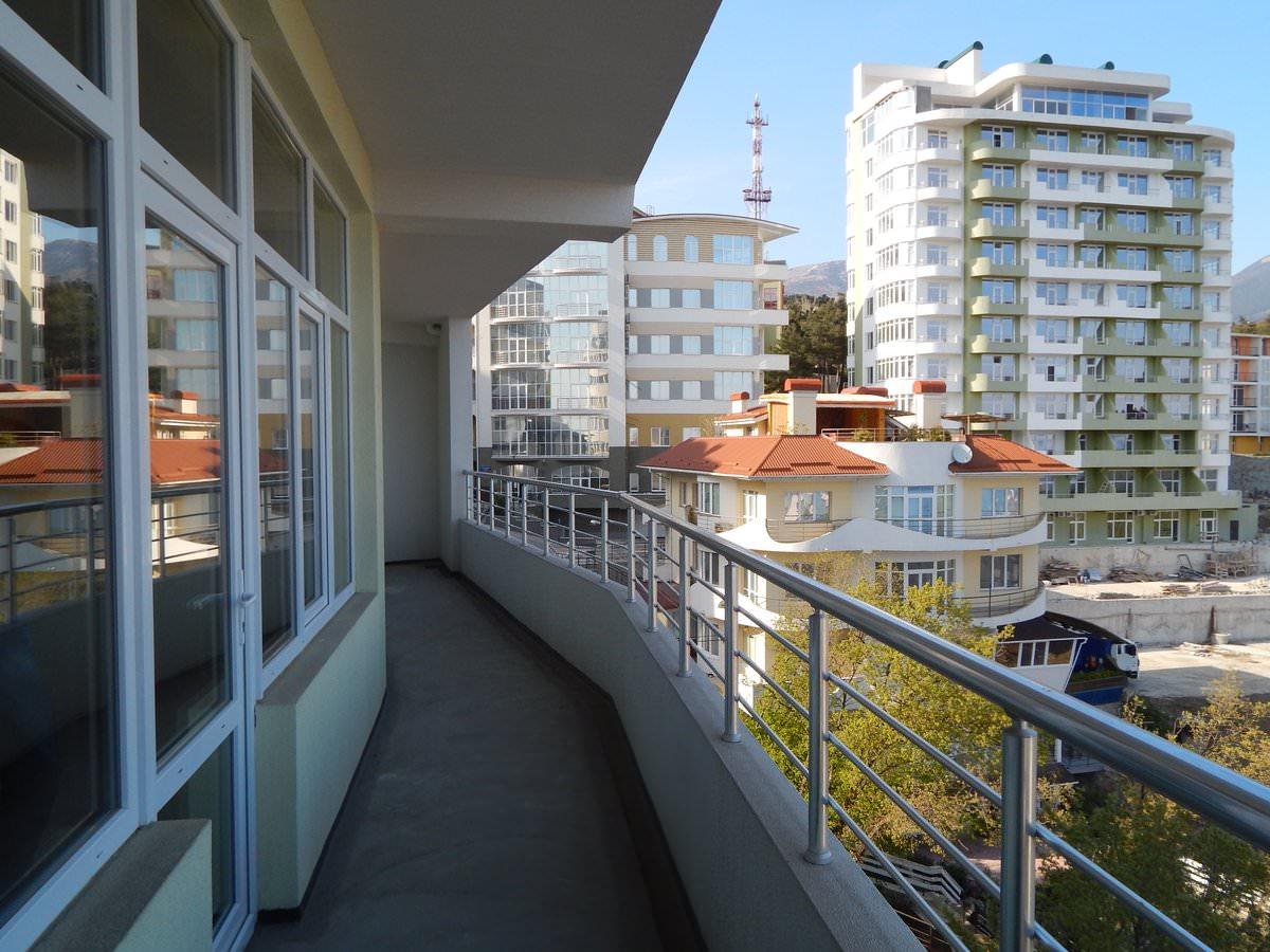 Видовая квартира с Балконом 1