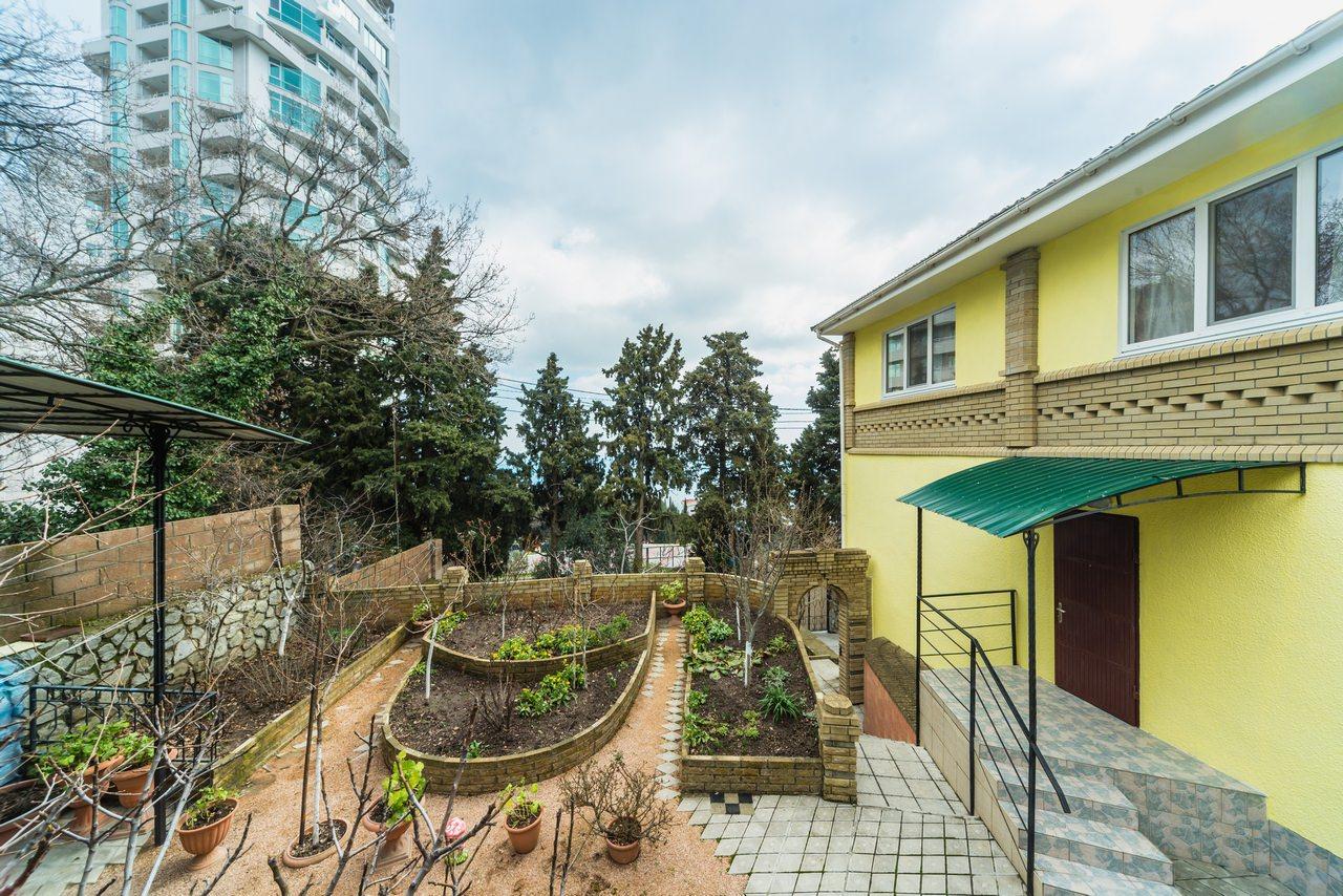 Частное Домовладение в Кореизе 3