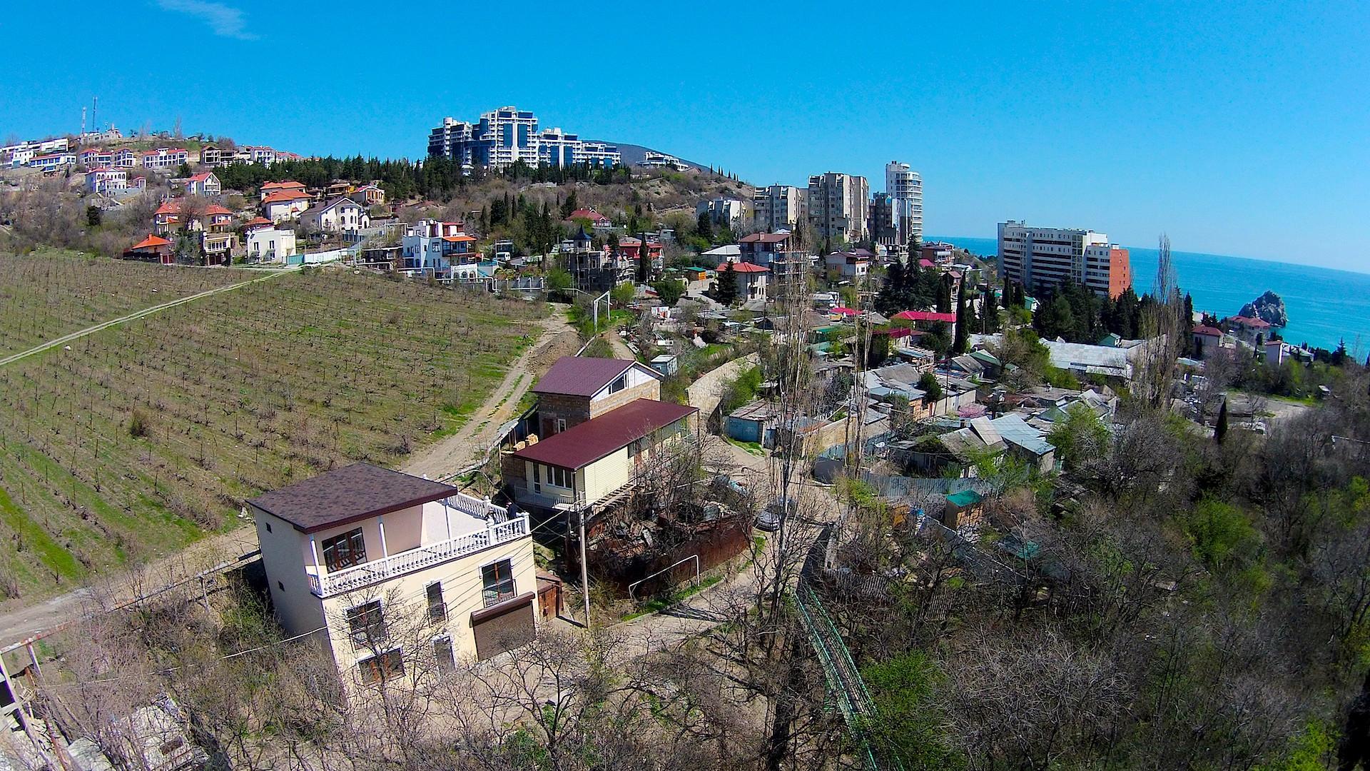 Продажа дома в Гурзуфе с видовой террасой 2
