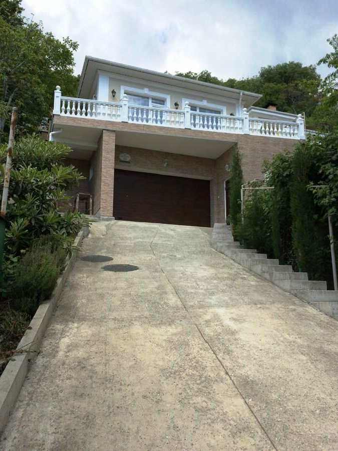 Частное Домовладение в Ливадии 3