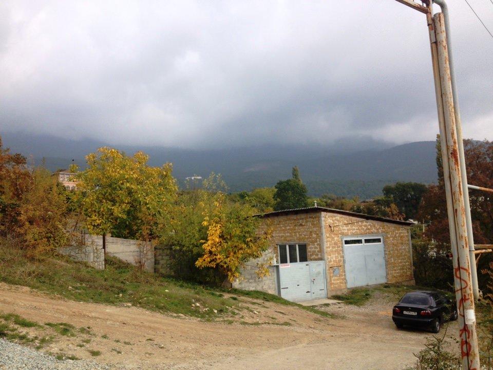 Земельный участок 6 соток в Ялте пос. Васильевка 6
