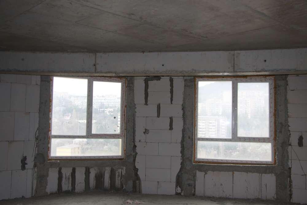 Двухкомнатная квартира в ЖК Алмаз 2