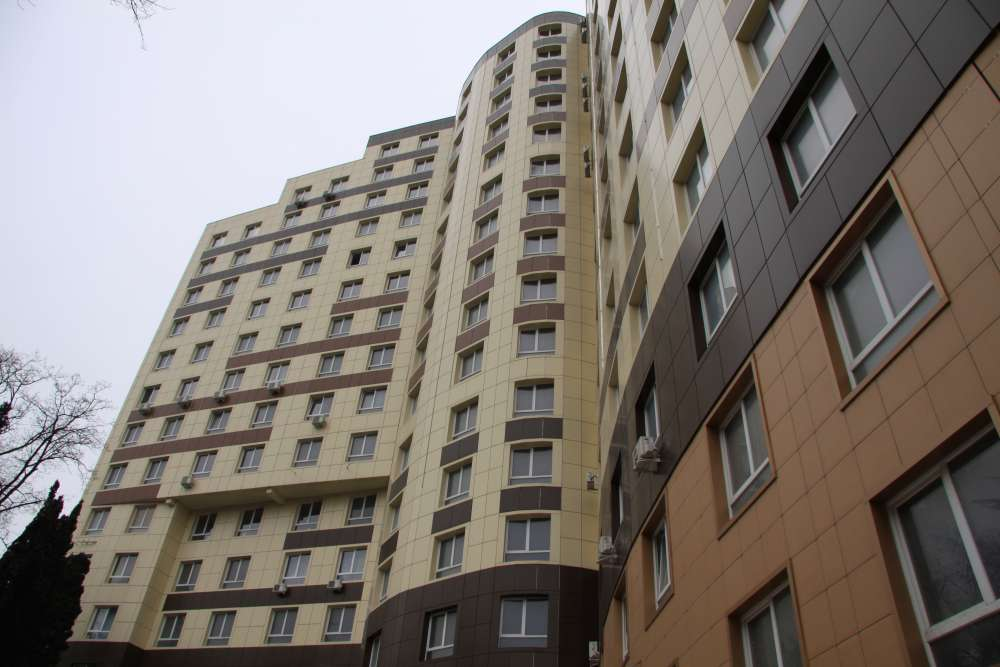 Недорогая квартира в Алмазе 11