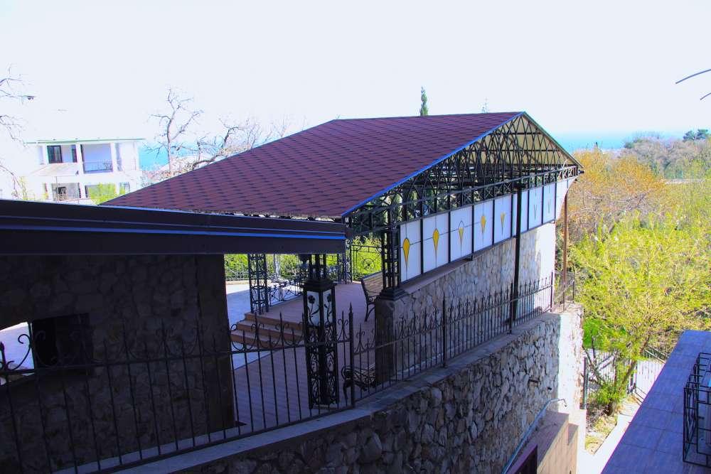 Квартира в Ливадии с двориком 12