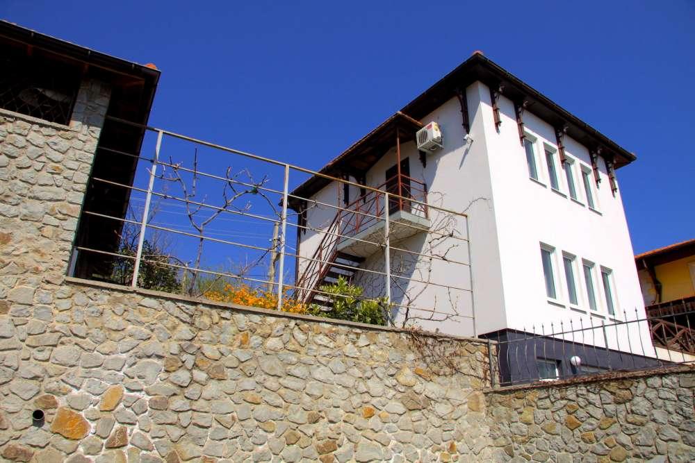 Дом в Ялте с хорошим видом на море 10