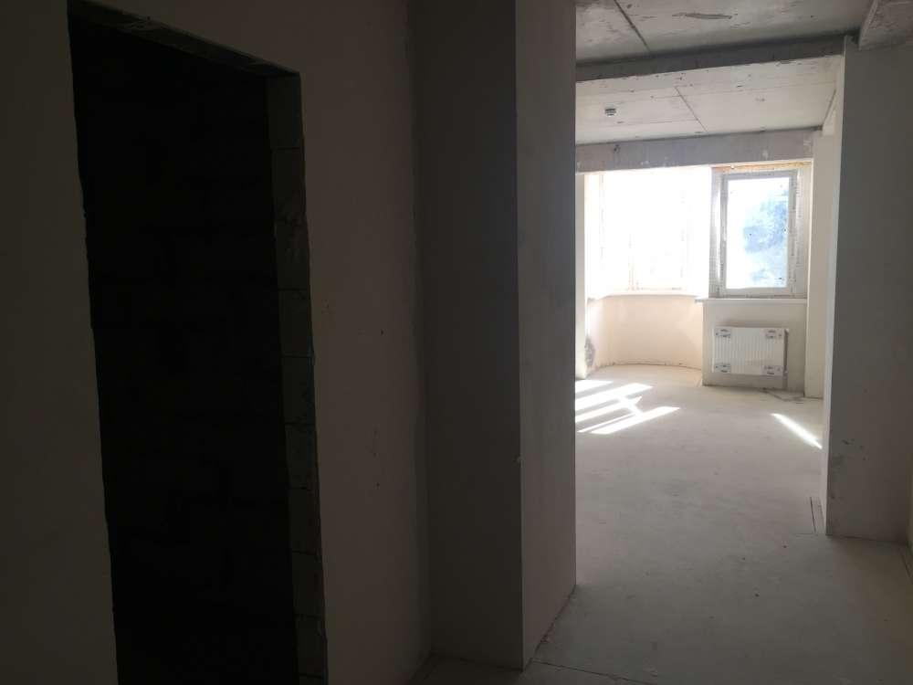 Однокомнатная квартира в новостройке в центре города. 8