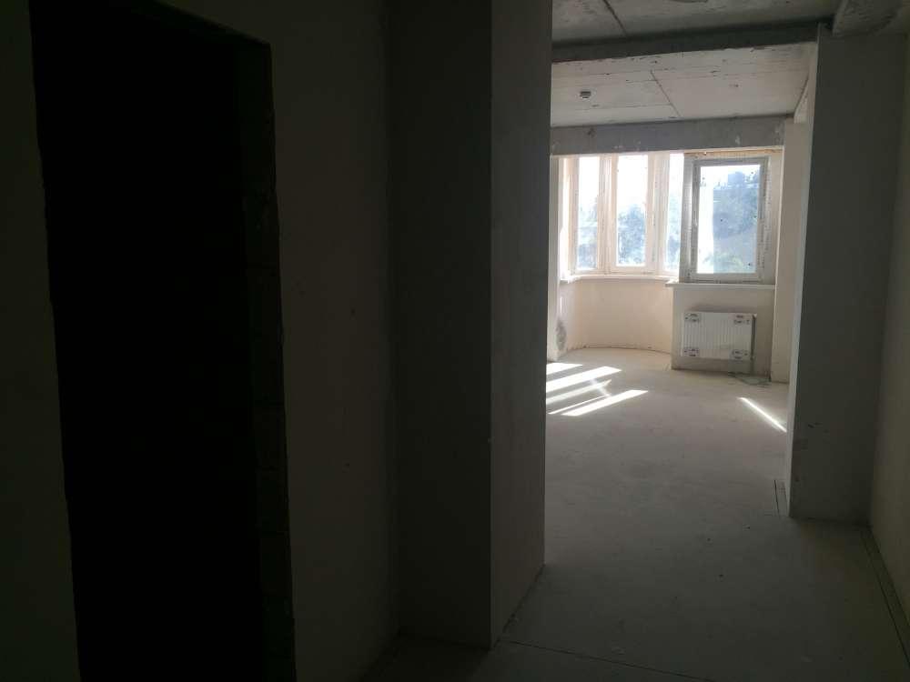 Однокомнатная квартира в новостройке в центре города. 9