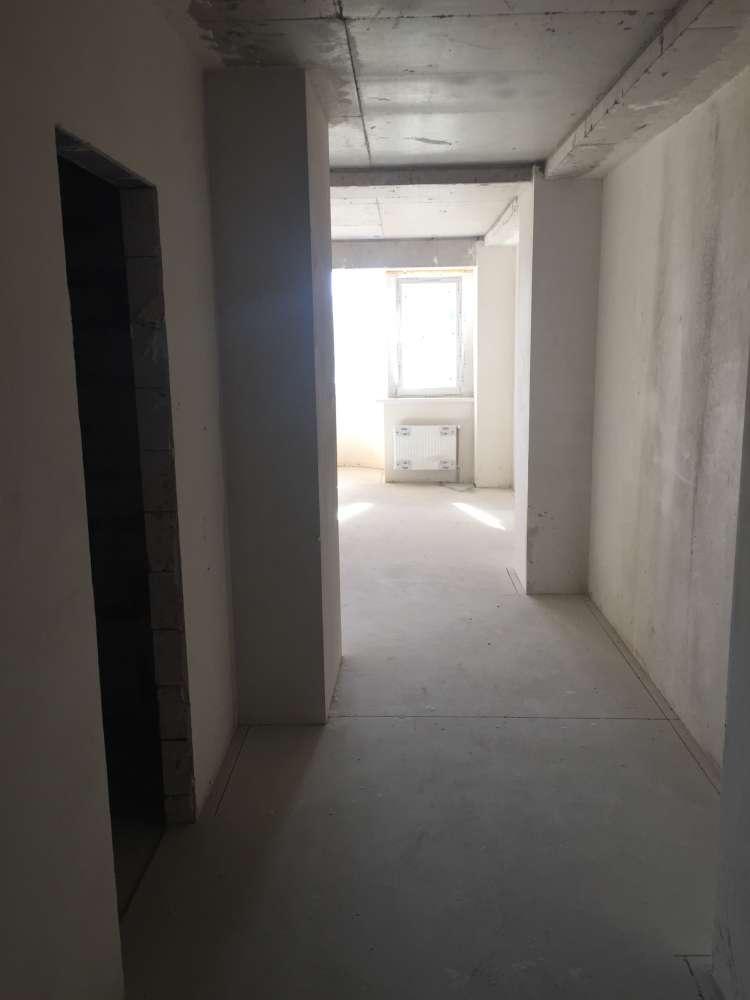 Однокомнатная квартира в новостройке в центре города. 10