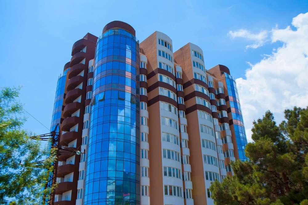 Однокомнатная квартира в новостройке в центре города. 2