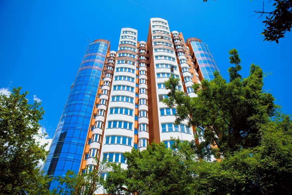 Однокомнатная квартира в новостройке в центре города. 3