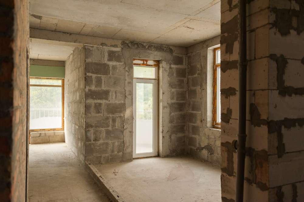 Трехкомнатная квартира в ЖК Царская Тропа 18
