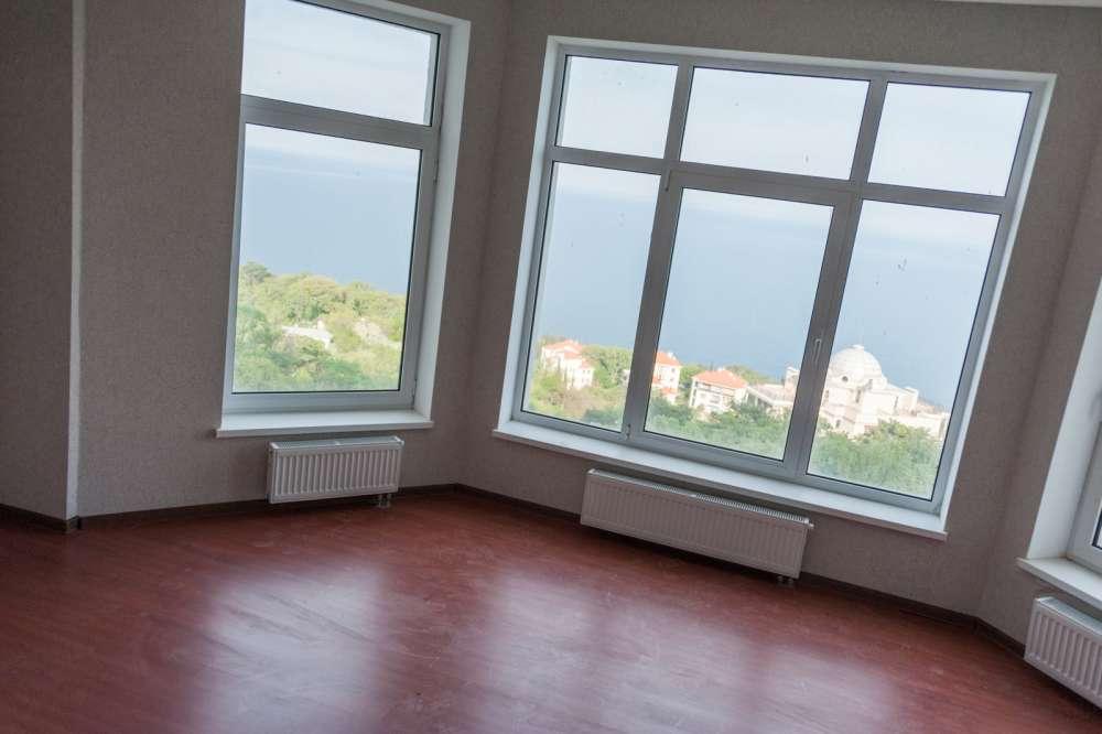 Большая двухкомнатная квартира в Ливадии 2