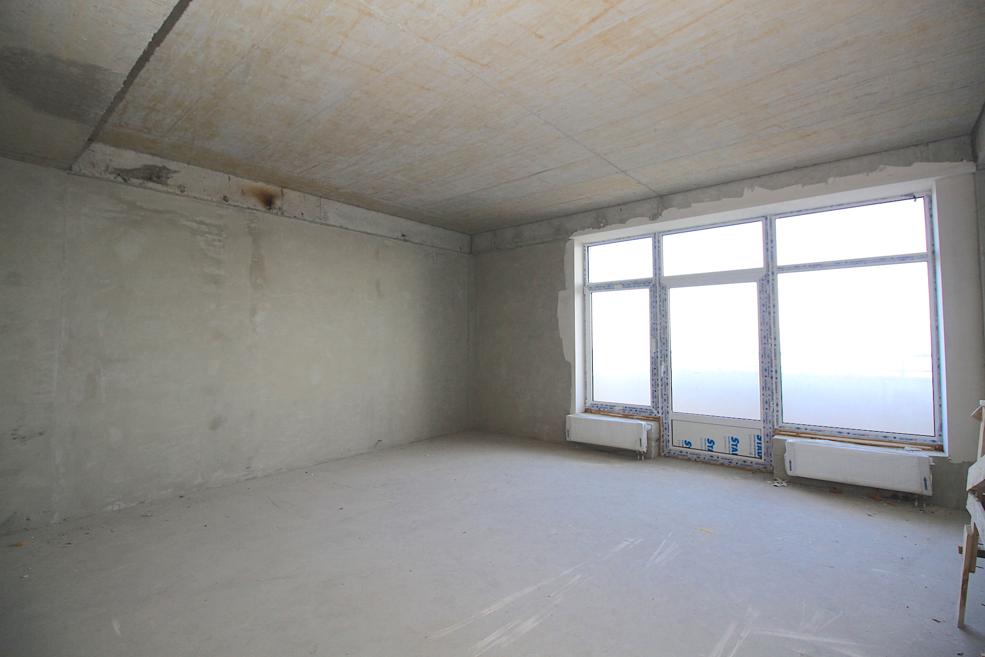 Видовая квартира с балконом в Ливадии 19