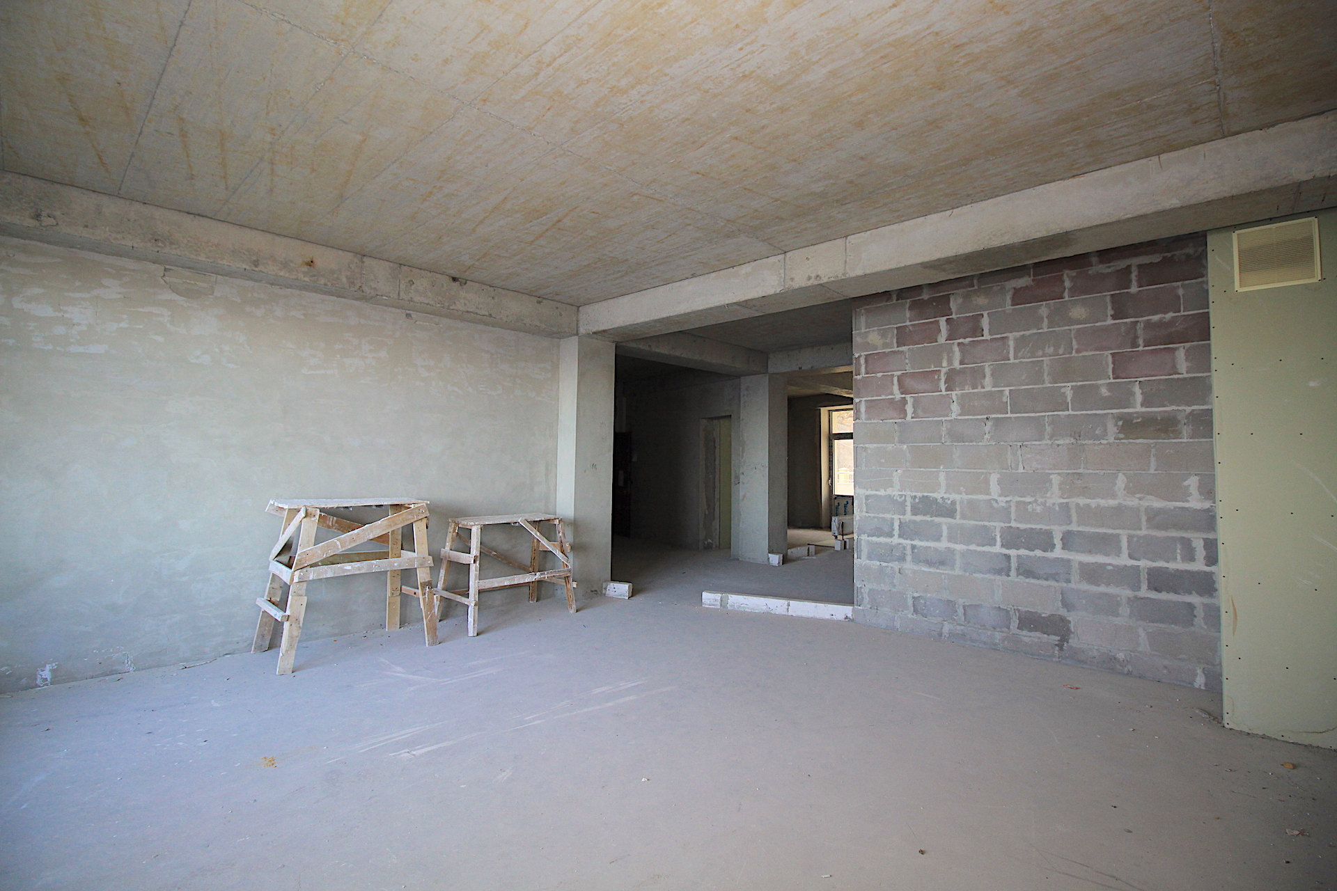 Видовая квартира с балконом в Ливадии 21
