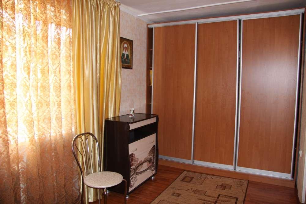 Уютная двухкомнатная квартира с хорошим ремонтом в Ялте 3