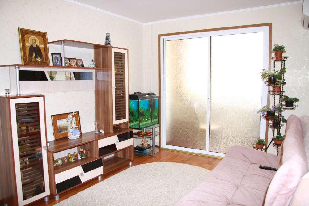 Уютная двухкомнатная квартира с хорошим ремонтом в Ялте 1