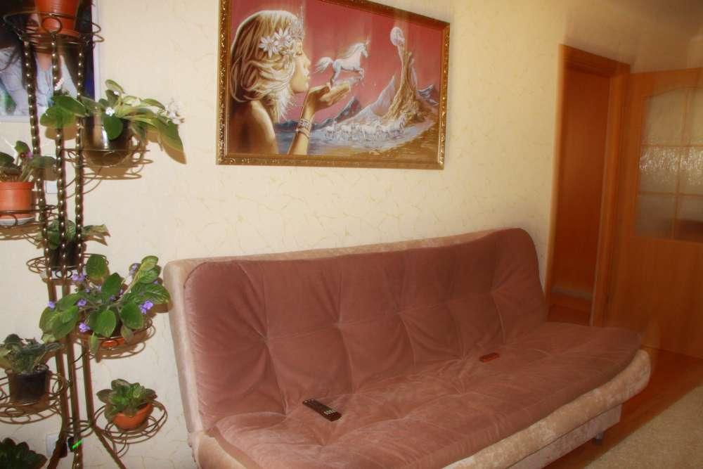 Уютная двухкомнатная квартира с хорошим ремонтом в Ялте 4