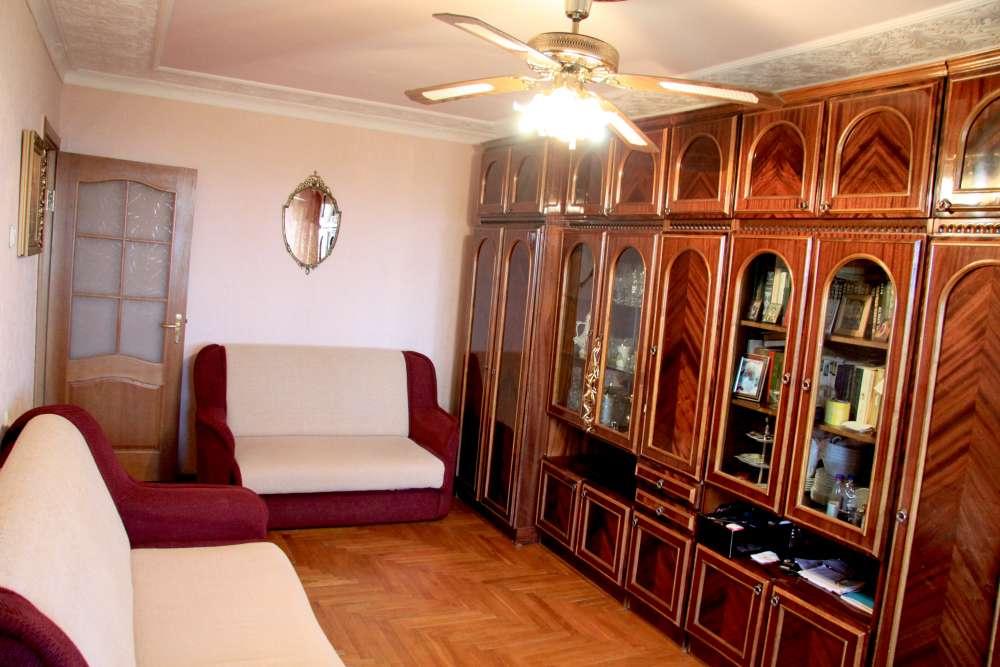 Видовая трехкомнатная квартира с ремонтом и мебелью в Алупке 13