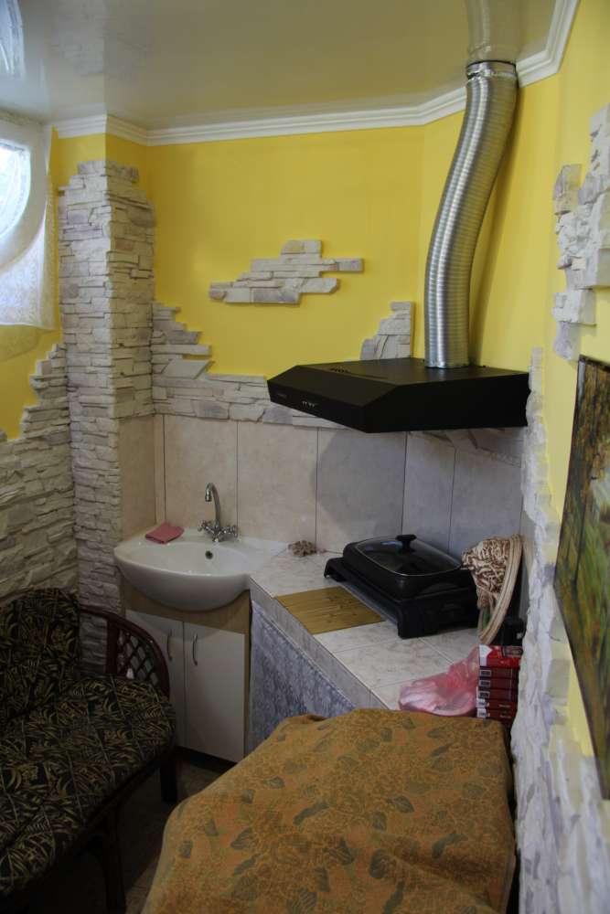 Просторная двухкомнатная квартира с хорошим ремонтом. 7