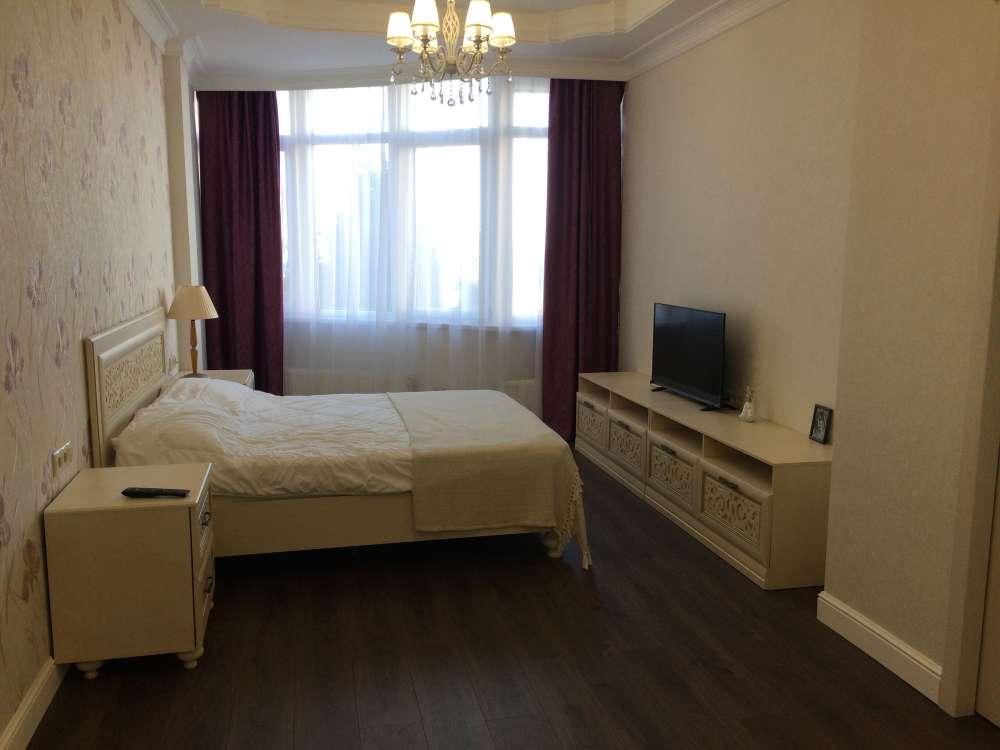 Большая квартира в центре Ялты 7
