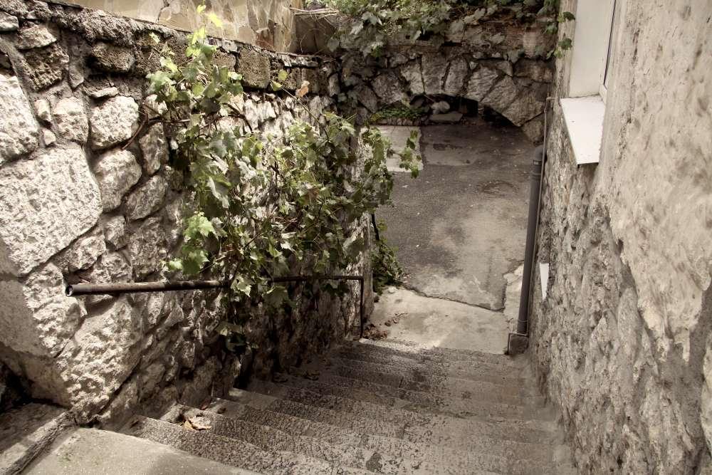 Квартира в Алупке в историческом центре 3