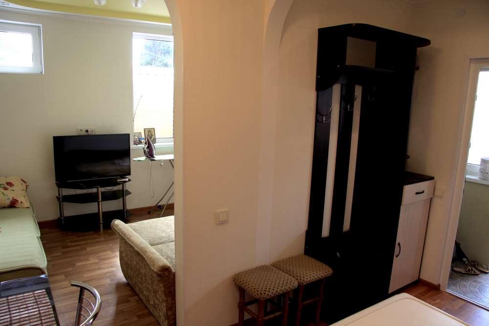 Квартира в Алупке в историческом центре 15