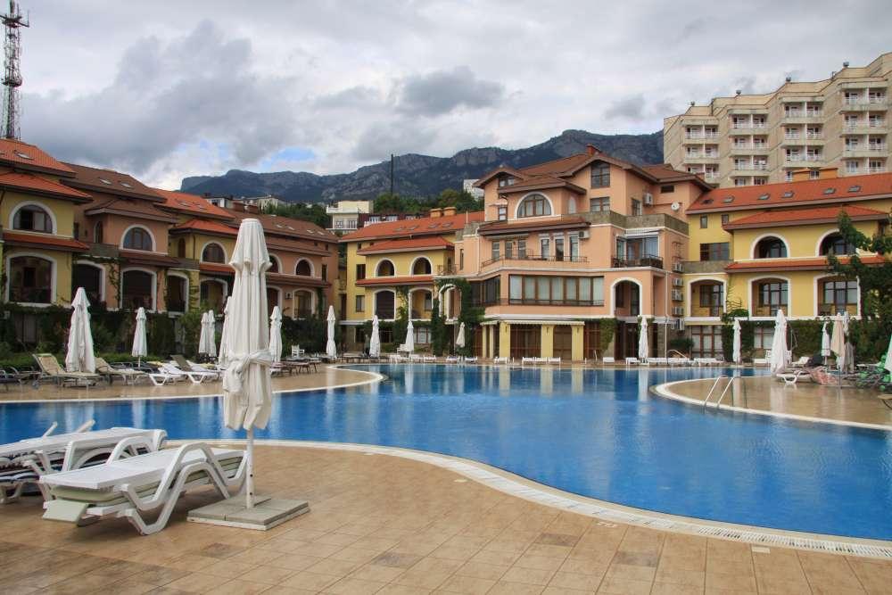 Апартаменты в Испанской Деревне 4