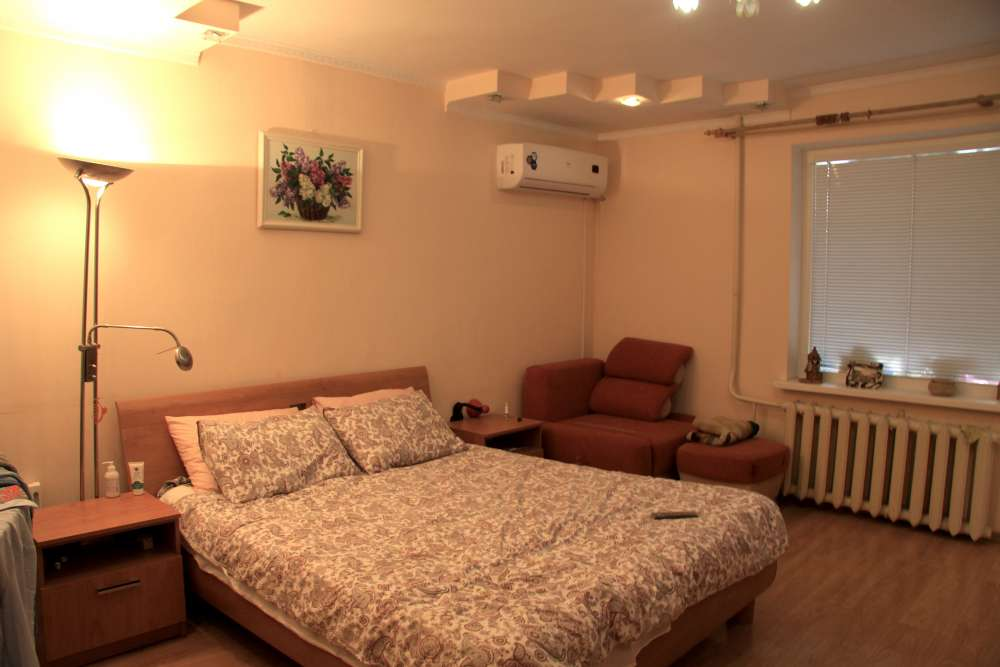 Однокомнатная квартира в Ялте 1