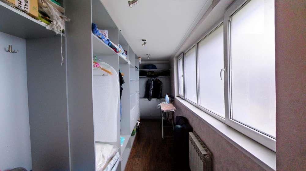 Большая трехкомнатная квартира в Ялте 9