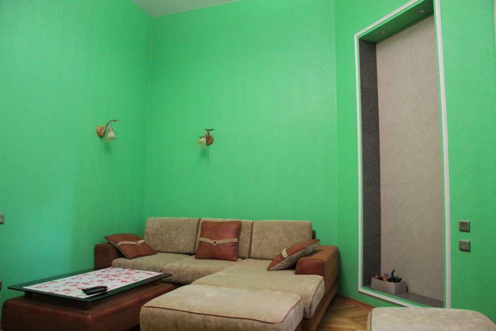Двухкомнатная квартира на Екатерининской 2