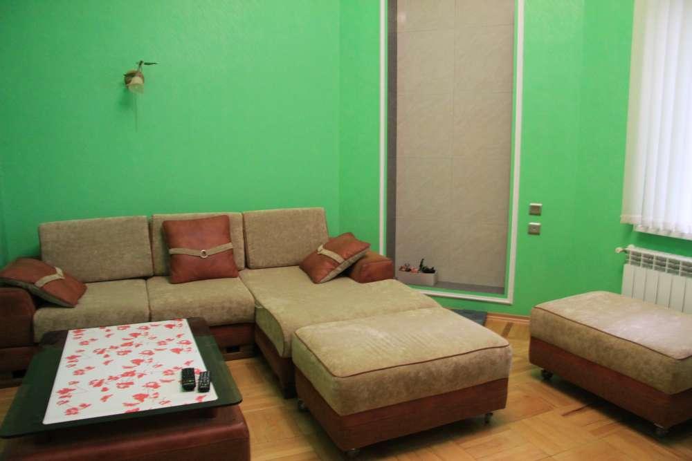 Двухкомнатная квартира на Екатерининской 3