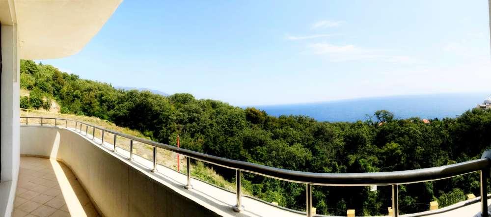 Недорогая трехкомнатная квартира с видом на море. 5