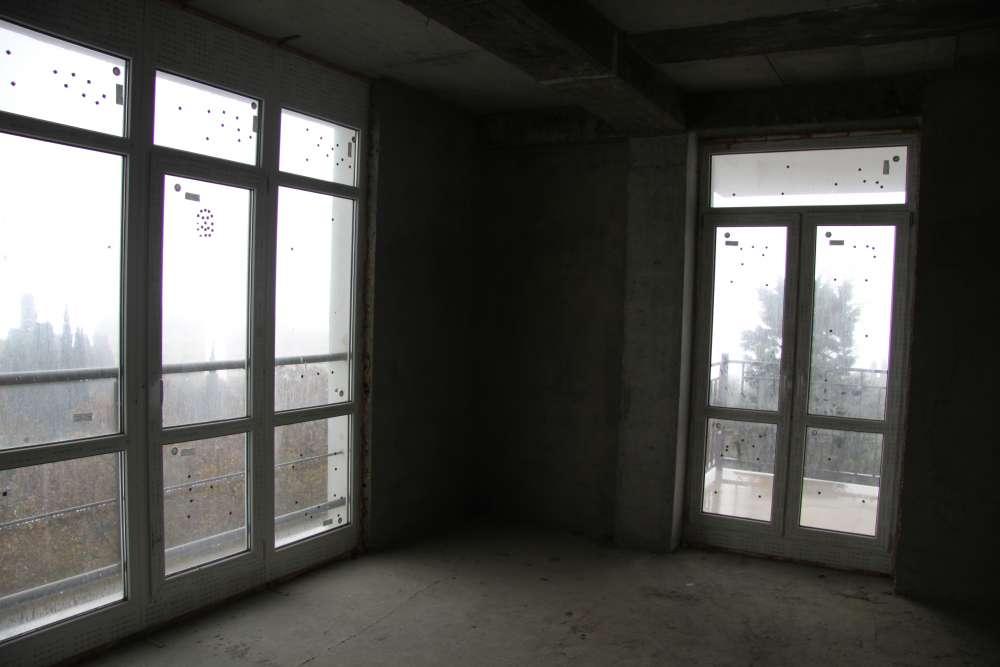 Большая двухкомнатная квартира в новом доме. 1