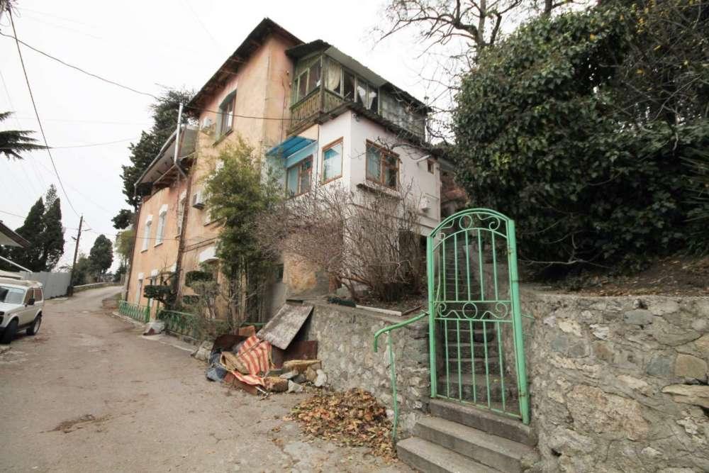 Трехкомнатная квартира в районе Поликуровского холма 1