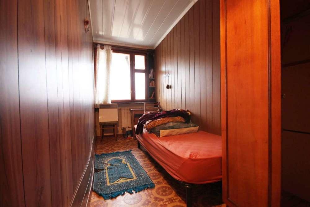 Трехкомнатная квартира в районе Поликуровского холма 11